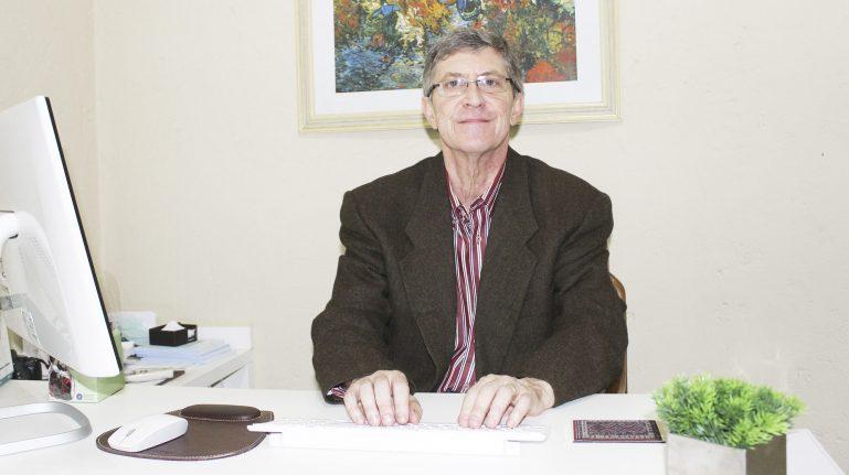 Dr. Nei Nadvorny